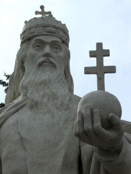 látomás István király
